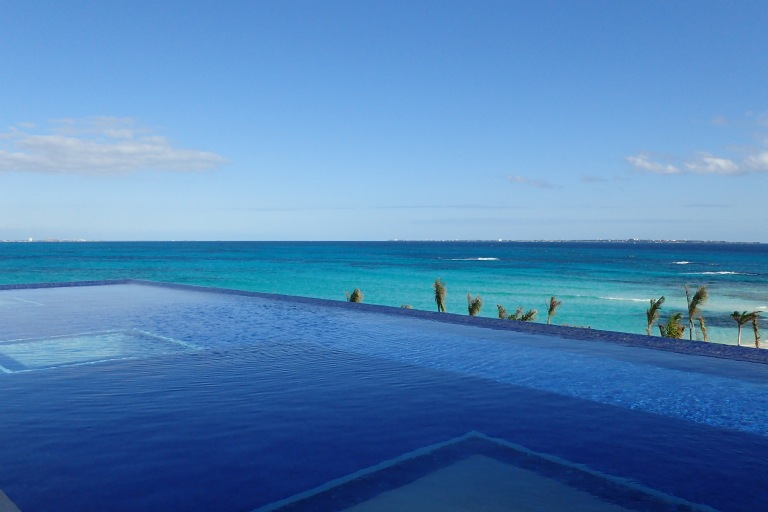 Infinity Pool at Hyatt Ziva Cancun